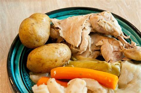 les 25 meilleures id 233 es de la cat 233 gorie poule au pot sur recettes de p 226 tes au poulet