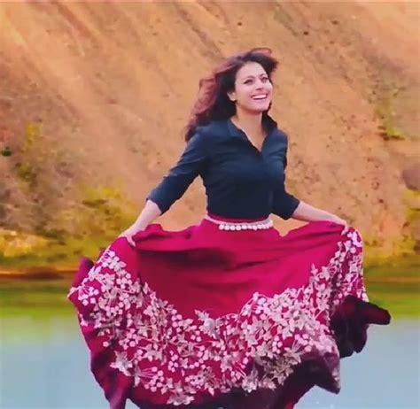 actress in long song kajol gerua song dilwale 2015 fashion pinterest
