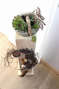 Große Blumentöpfe Für Außen : gro e holzs ule f r innen und aussen nat rlich dekoriert mit einer edelstahlkugel ~ Watch28wear.com Haus und Dekorationen