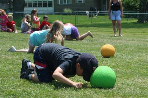 20 best relay race and ideas icebreaker ideas 157 | Relay Races for Kids e1430195062574