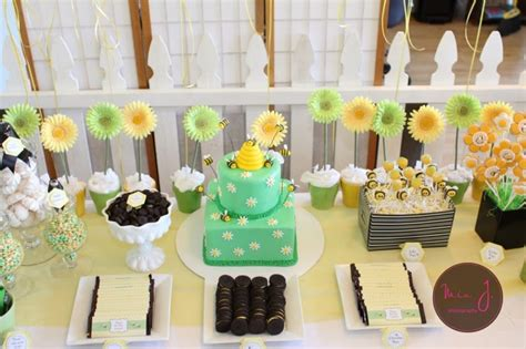 Summer Theme Baby Shower - s playroom bumble bee baby shower ideas