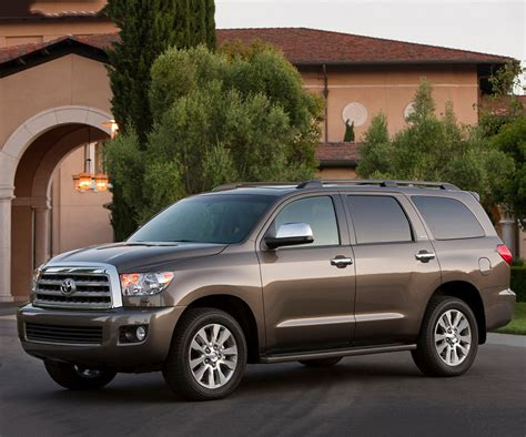 2018 Toyota Sequoia Spy Photos, Redesign, Release Date
