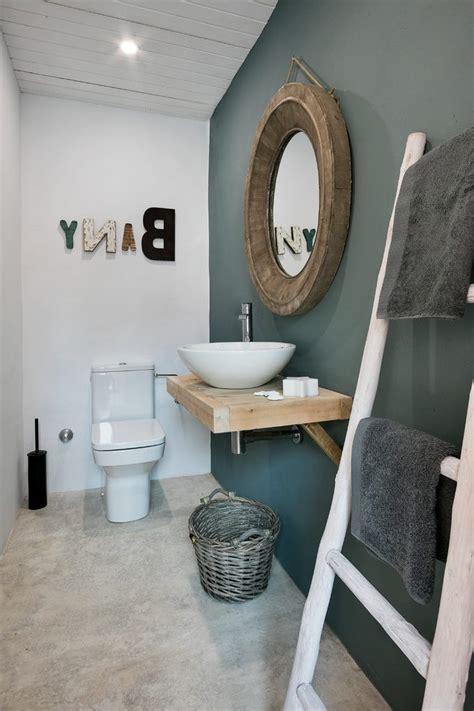 pretty farmhouse  bath remodeling ideas powder room