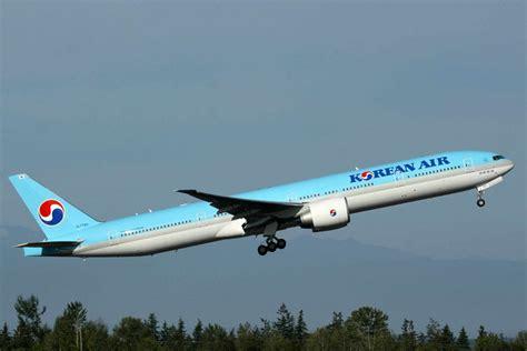 boeing 777 300 range boeing 777 reviews specs prices top speed