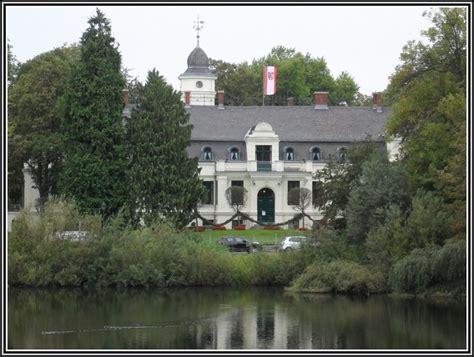 Botanischer Garten Potsdam Sanssouci  Garten  House Und