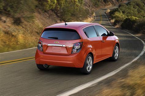 Chevrolet Sonic Specs Pictures Trims Colors
