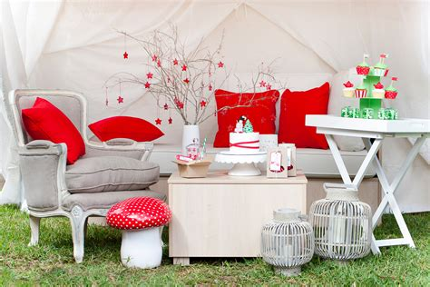 Affordable Home Backyard Outdoor Christmas Party Ideas