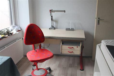 t駘駱hone de bureau moll bureau bijbehorende bureaustoel te koop aangeboden op tweedehands
