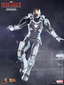 1:6 Scale Figure : IRON MAN MARK 39 STARBOOST 1:6 SCALE FIGURE