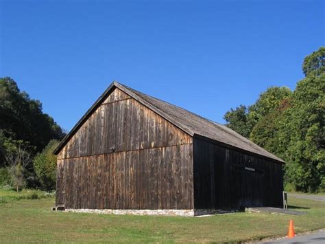 George Weir Barn, Henry Lloyd Manor House, 41 Lloyd Harbor