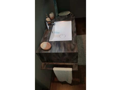bagni in corian arredo bagno azzurra bagni mobile con top in corian scontato