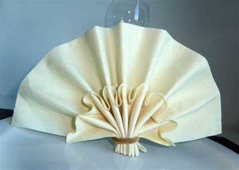 recettes de cuisine simple et rapide pliage en papier réaliser un éventail plis pliage