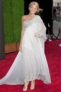 Blake lively39s wedding dress details for Blake lively wedding dress