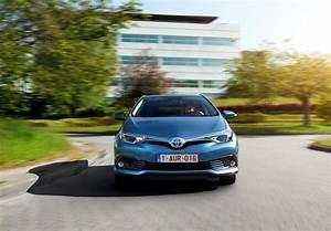 Fiabilité Toyota Auris Hybride : toyota auris hsd 2015 prix et caract ristiques de l 39 auris hybride photo 3 l 39 argus ~ Gottalentnigeria.com Avis de Voitures