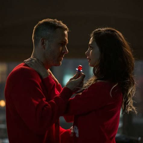 actress of deadpool movie deadpool love making scenes were not romantic fo