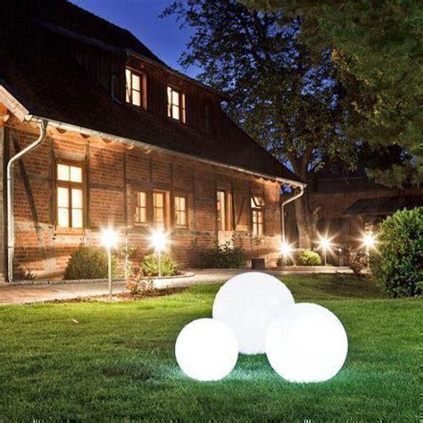 Kugel Beleuchtung Garten by Gartenkugeln Kugelleuchten Leuchtkugeln Click Licht De