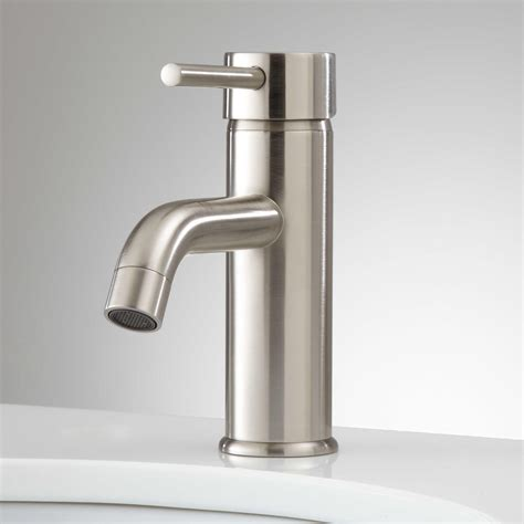 hewitt single hole bathroom faucet  pop  drain