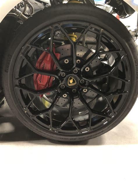 Huracan Performante 5 Lug Wheelstirestpms For Sale