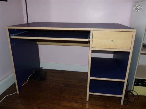table de bureau ikea bureau bleu ikea table de lit