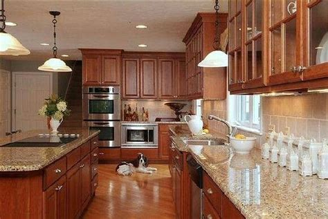 kitchen cabinet modifications best 25 maple kitchen ideas on maple kitchen 2630