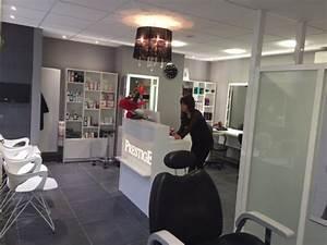 Mobilier Salon De Coiffure : agencement d un salon de coiffure pr s de tours creativ mobilier ~ Teatrodelosmanantiales.com Idées de Décoration
