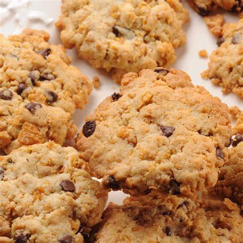 dessert corn flakes chocolat beurre peanut cookies corn flakes et p 233 pites de chocolat une recette g 226 teau cuisine le figaro madame