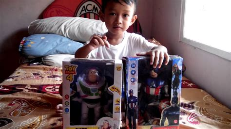 mainan toy story buzz lightyear dan captain america youtube