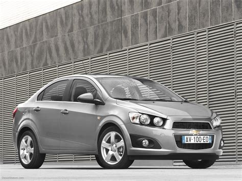 2013 Chevrolet Aveo Sedan  Pictures, Information And