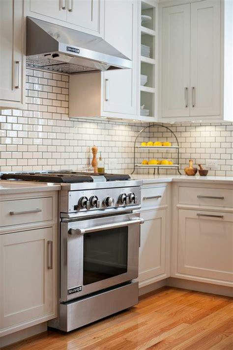 cuisine carrelage blanc carrelage cuisine blanc cobtsa com
