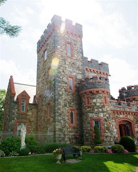 fairy tale castle wedding venues  america martha stewart weddings