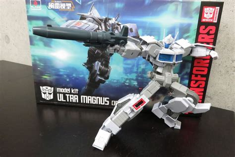 Flame Toys Furai Model Idw Ultra Magnus Packaging And Sample Transformers News Tfw2005