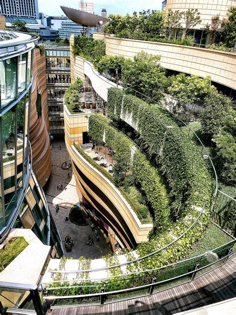namba parks osaka japan developed  jon jerde