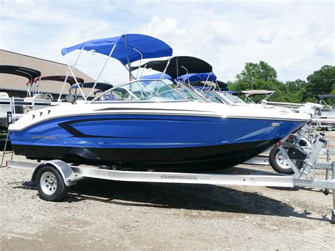 Chaparral Boats H2o 18 Sport by Chaparral 18 Sport H2o Boats For Sale Boats
