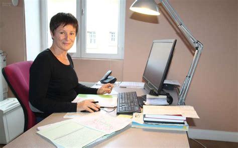 emploi secretaire de mairie reignac quatri 232 me recensement pour la secr 233 taire de mairie charente libre fr