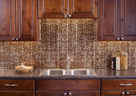 fasade backsplash traditional   bermuda bronze