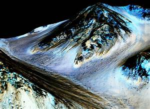 NASA confirms liquid water on Mars, search for life begins