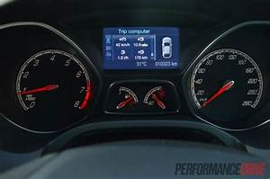Ford Focus Dash Cluster Removal