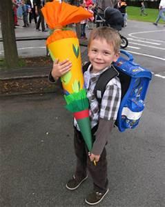 Kind Mit Schultüte : was kommt in die schult te geschenke zum schulanfang ytti ~ Lizthompson.info Haus und Dekorationen
