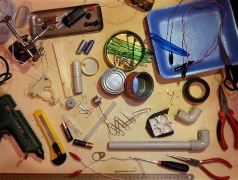 Tavolo Del Tinkering  Tinkering Table #tinkering  Classroom Construction Area Pinterest