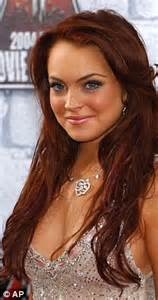 ken paves lindsay lohan stops in at hairdresser ken paves