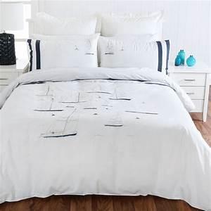 Housse De Couette Mer : byron quilt cover set bord de mer housse de couette et parure de lit par ~ Teatrodelosmanantiales.com Idées de Décoration