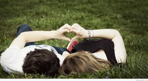 amazing love couple wallpaper hd wallpapers