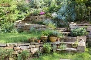 Steingarten Am Hang : romantisches refugium einen steingarten anlegen garten steingarten steingarten anlegen und ~ Eleganceandgraceweddings.com Haus und Dekorationen