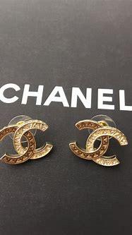 Chanel CC LOGO earring studs   Stud earrings, Chanel, Earrings