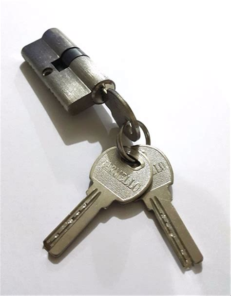Silinder Kunci Anak Kunci Komputer jual silinder kunci pintu kecil anak kunci pintu kecil