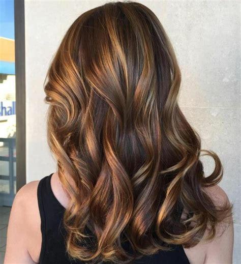 1001 variantes du balayage caramel pour sublimer votre coiffure