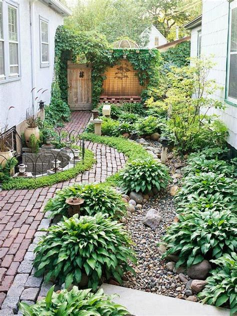 side yard landscaping garden ideas