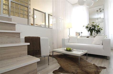 Living Room Divider by Decoraci 243 N De Salones Peque 241 Os Ideas Y Trucos