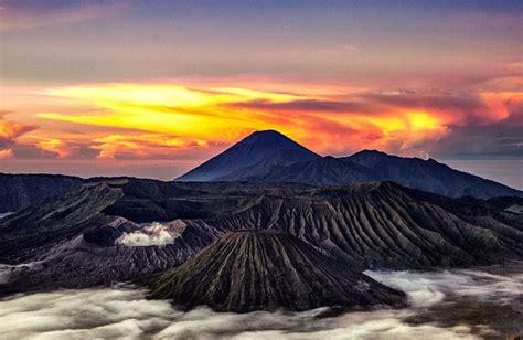 gunung  indonesia  keindahan alam  menakjubkan