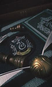 GalnaGhia — Slytherin iphone wallpaper